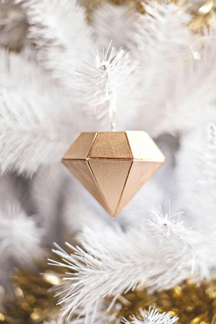Diamond ornament diy abeautifulmess.com
