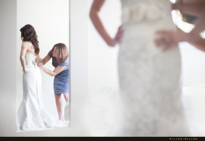 bride-mom-dressing-mirror-reflection
