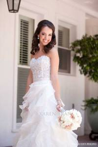 Hotel-Del-Coronado-wedding-bride