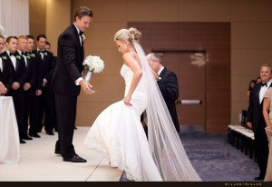 hotel-wedding-ceremony-schaumburg-photographer