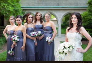 modern-wedding-photos-bride-bridemaids