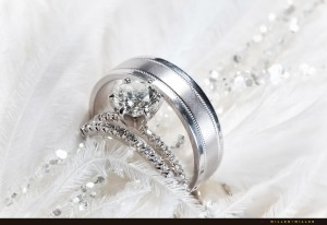 rings-white-feather