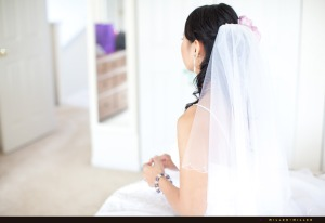 veiled-bride-waiting